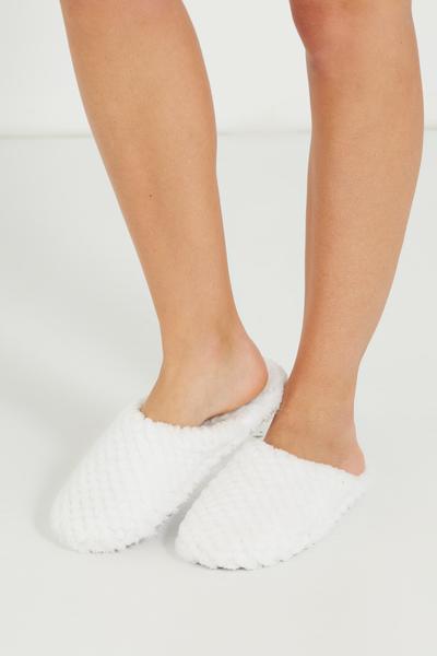 The Plush Slipper, WHITE TEXTURE