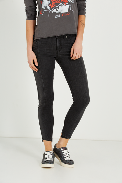 Mid Rise Grazer Skinny Jean 2, BLACK WASH PANEL SEAMS