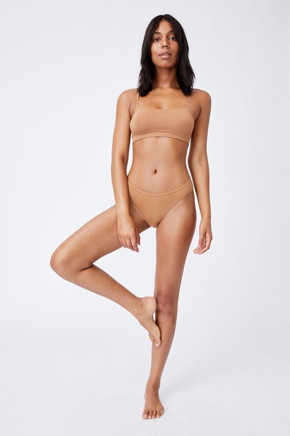 Seamfree Bikini Brief, CASHEW