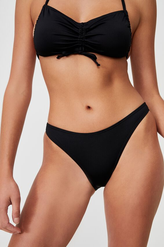 Full Bikini Bottom, BLACK