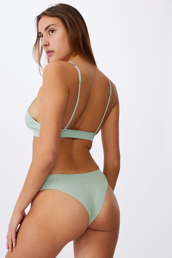 Seamless Triangle Bralette, MINT CHIP