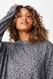 Supersoft Boyfriend Crew, TONAL LEOPARD