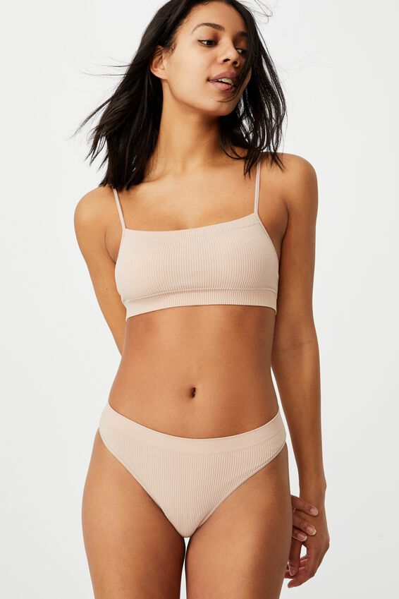 Seamfree Straight Neck Crop With Cups, NEW LATTE