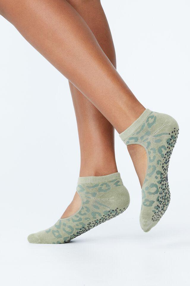 Plie Grip Studio Sock, GREEN HAZE LEOPARD