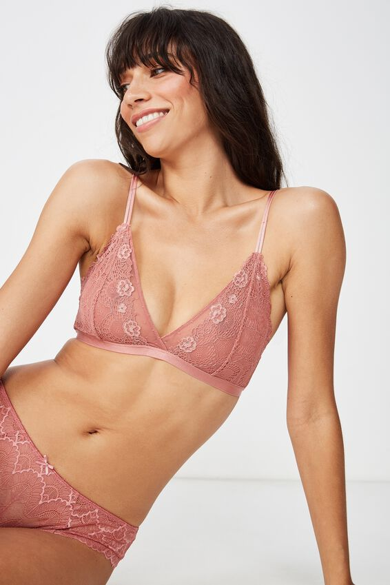 Claire Bralette, ROSE TAN