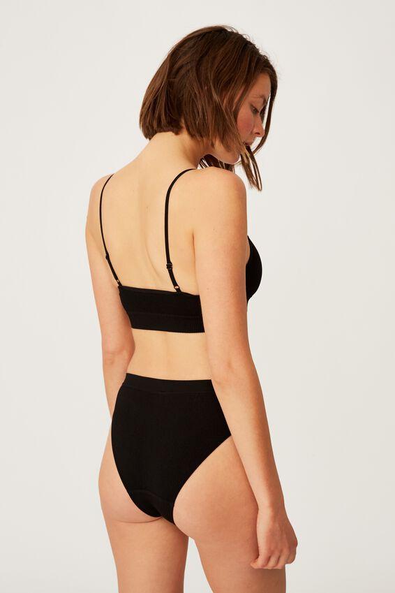 Seamfree Straight Neck Crop With Cups, BLACK