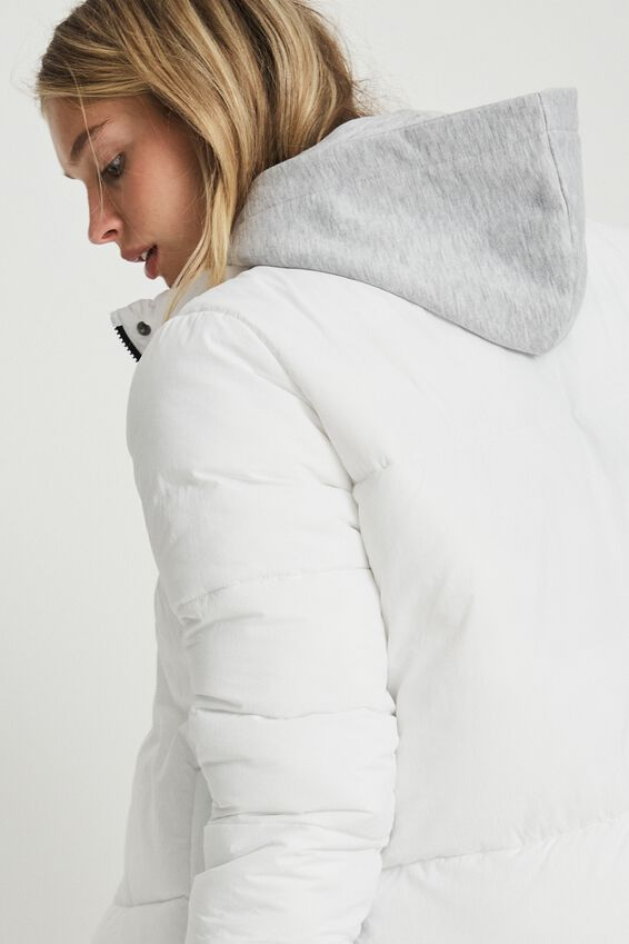 The Recycled Mother Puffer Jacket, WHITE