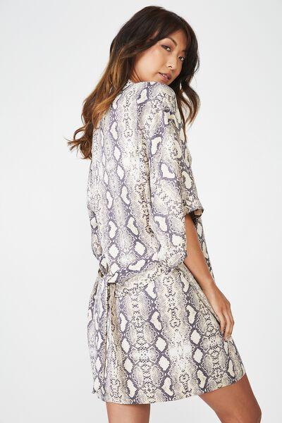 Kimono Gown, PYTHON