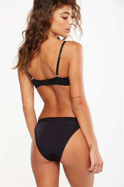 Long Legs Band Cheeky Brief, BLACK