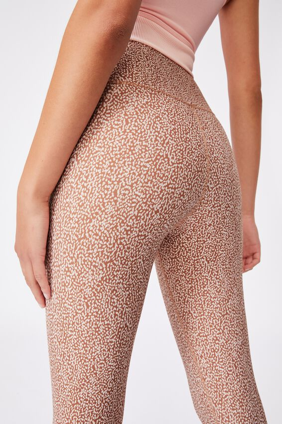 Reversible 7/8 Tight, IRREGULAR SPECK CASHEW/CASHEW