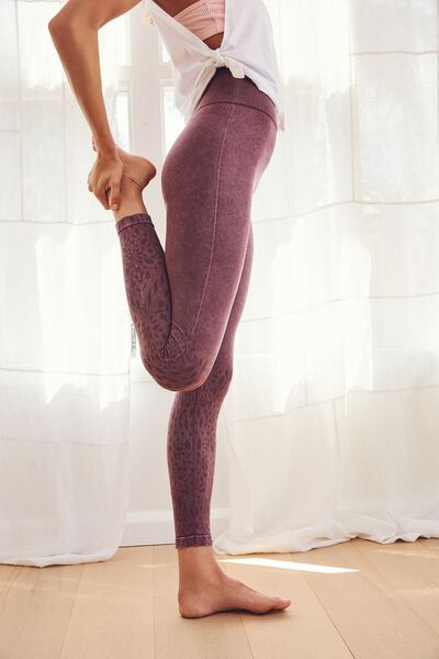 Crochet Seamless 7/8 Tight, WASHED GRAPE
