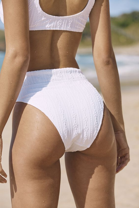 Highwaisted Cheeky Bikini Bottom, WHITE BROIDERIE