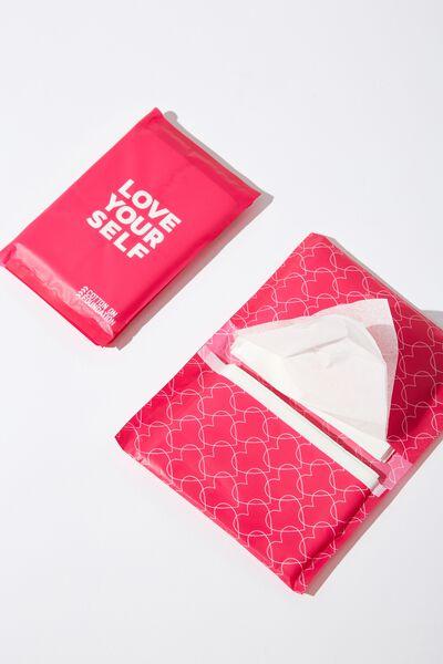 Adult Tissue Packs, Love