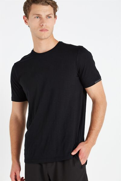 Coar Urban Tech Tee, BLACK