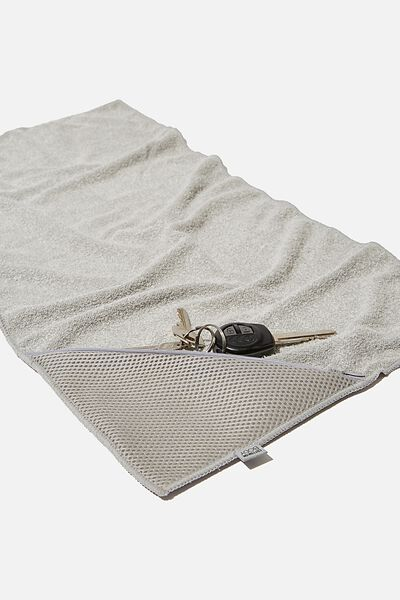 Sweat It Out Towel, GREY