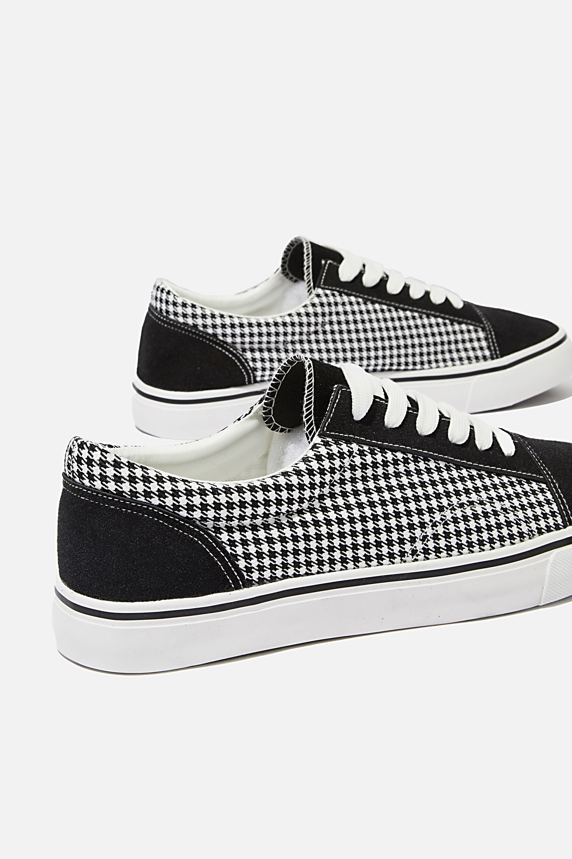 Axell Skate Shoe | Men's Accessories