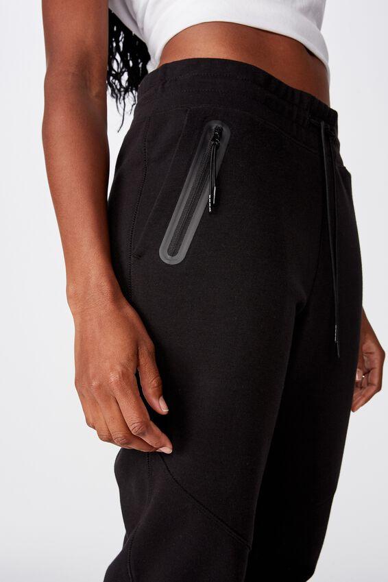 Tech Slim Trackpant, BLACK