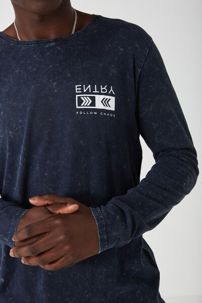 L/S Curved Shaded Tee, NAVY WASH/ENTRY