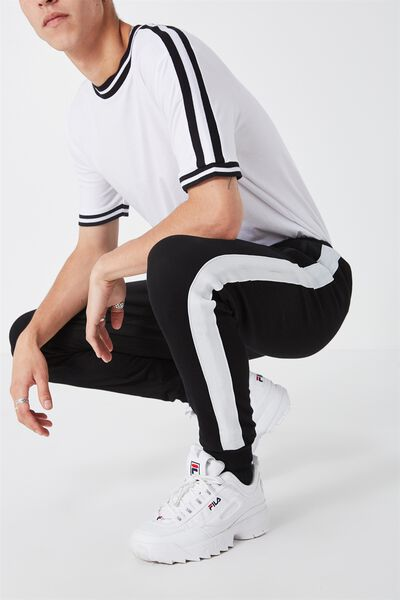 Stripe Fleet Trackie, BLACK WITH WHITE INSERT TAPE BRUSH