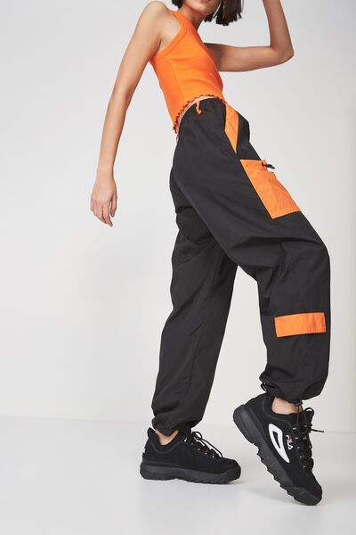 Parachute Trackpant, BLACK_PUFFINS BILL