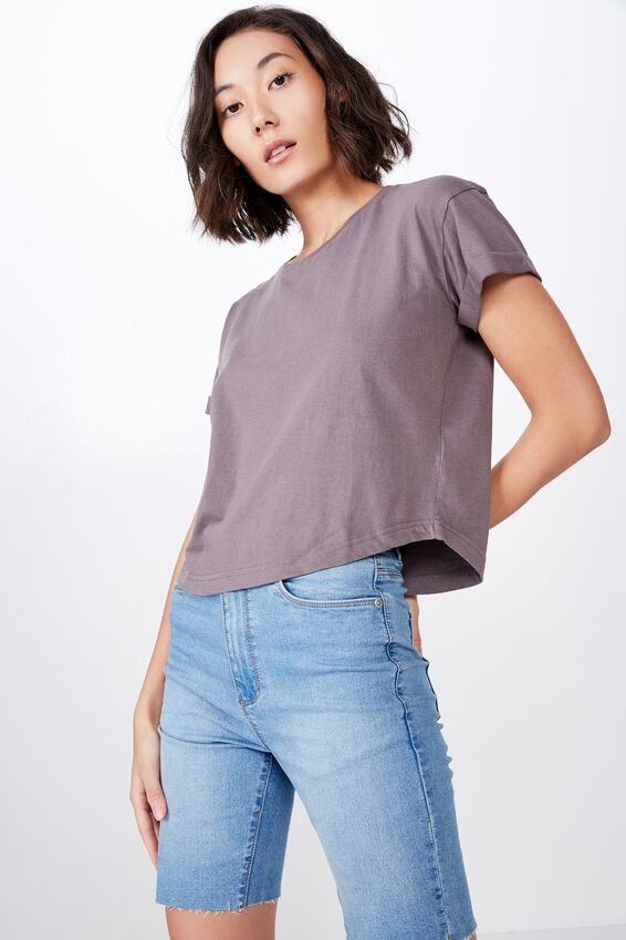 Curved Hem Short Sleeve Tee by Cotton On