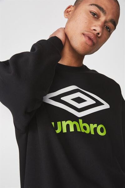 Umbro Lcn Crew Fleece, BLACK