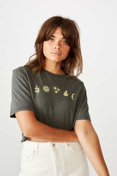 Short Sleeve Raw Edge Crop Graphic T Shirt, WASHED ASPHALT/CELESTRIAL ELEMENTS