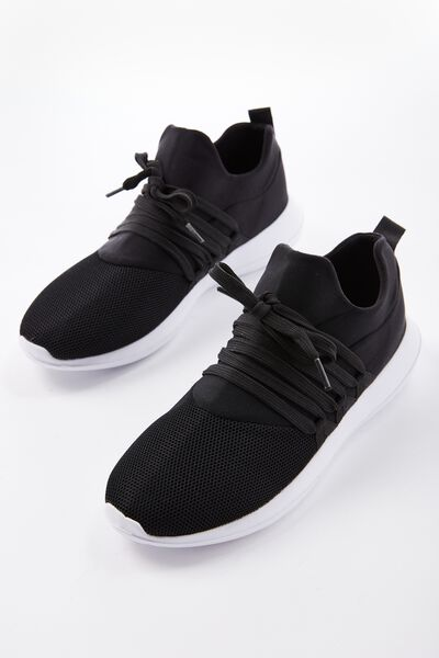 Free Stevie Mesh Trainer, BLACK