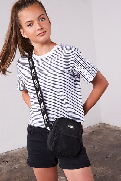 Girls Essential Tee, WHITE/NEW PEACOAT STRIPE