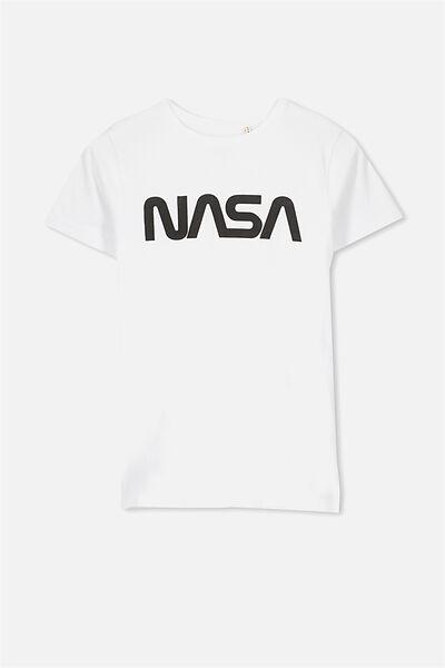 Louis Licence Tee, WHITE/ NASA WORM LOGO