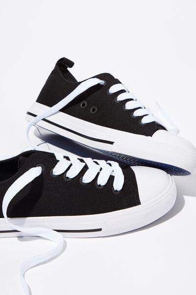 Classic Blue Sport Sneaker, BLACK