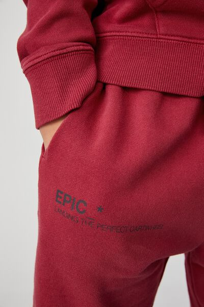 Marlo Trackpant, FORTUNE RED/ EPIC