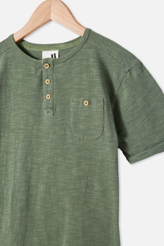 Madden Short Sleeve Henley Loose Fit Tee, SWAG GREEN