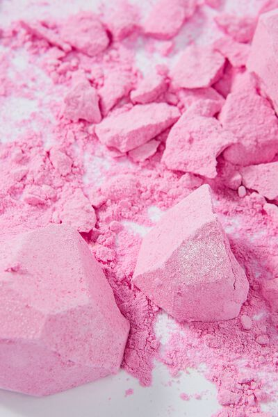 Diamond Fizzy, SHIMMER PINK