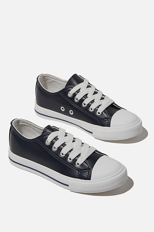 Boys 1-10 Shoes