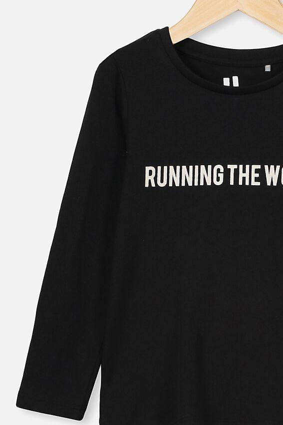 Penelope Long Sleeve Tee, BLACK/RUNNING THE WORLD/SET IN 1