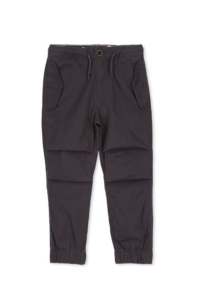 Perry Pant, GRAPHITE