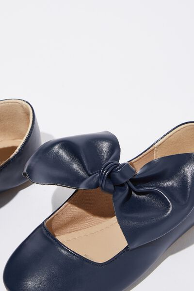 7570a552a Girls Shoes - Ballet Flats, Boots & More | Cotton On