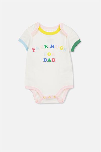Mini Short Sleeve Bubbysuit, VANILLA/FREE HUGS DAD