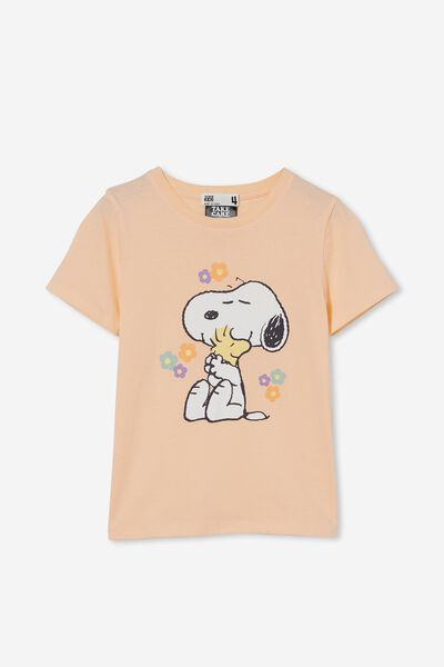 License Short Sleeve Tee, LCN PEA SNOOPY WITH FLOWERS/PEACH TANG