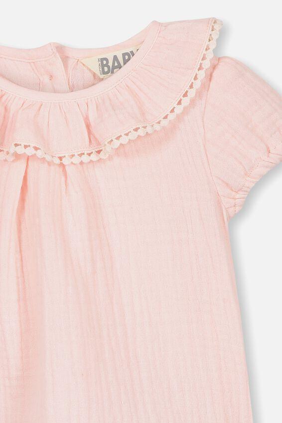 Halle Short Sleeve Ruffle Top, CRYSTAL PINK
