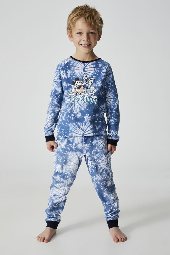 Disneyland Oscar Long Sleeve Pyjama Set, LCN DIS DISNEYLAND MICKEY AND FRIENDS/VINTAGE