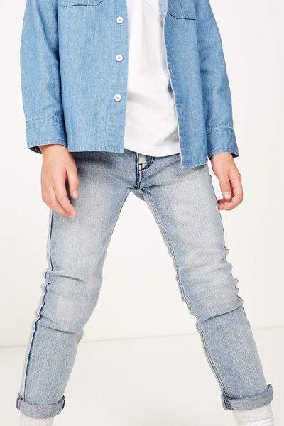 Ollie Slim Leg Jean, LIGHT WASH