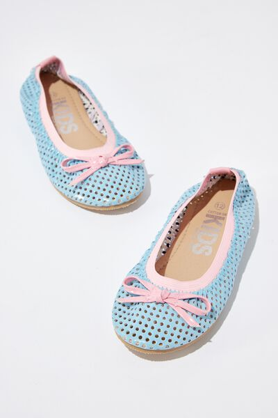 Kids Primo, PASTEL BLUE PERFERATION