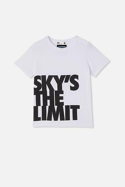 License Short Sleeve Tee, LCN MT BIGGIE SKY S THE LIMIT/WHITE