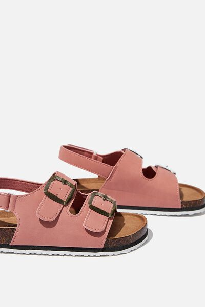 Theo Sandal, CLAY PIGEON