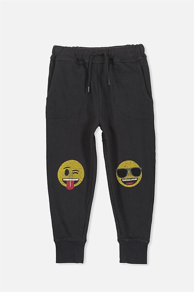 License Slouch Trackpant, PHANTOM/EMOJI PATCHES