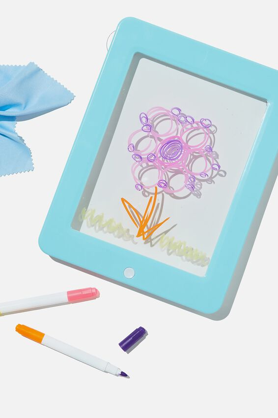 Light Up Drawing Pad, DREAM BLUE