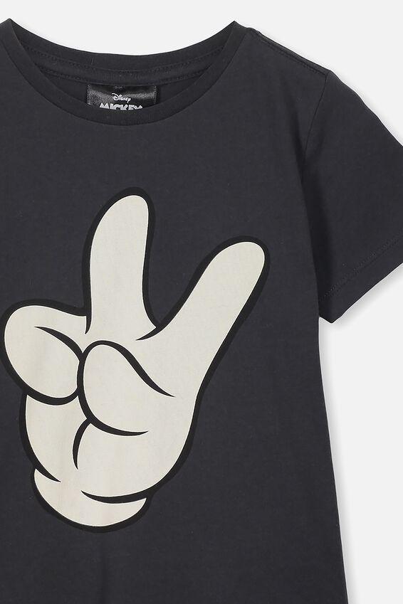 Short Sleeve License1 Tee, LCN DIS VINTAGE BLACK/MICKEY HANDS