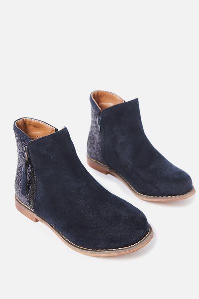 Lola Boot, NAVY
